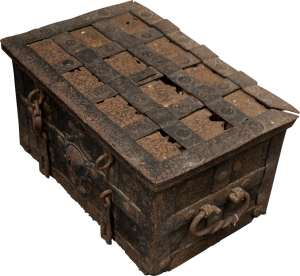 Treasure Chest - Photo: Roger Kirby