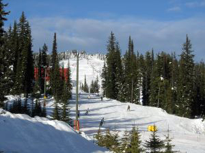 big white ski hill - Photo: Jeremy Bohn